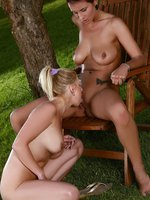 ewe and roxy - voluptuous hotties oil up and lick