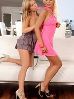 jess and lila - gorgeous teens tongue and finger
