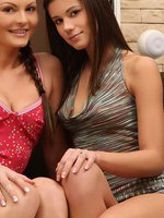 salma and caprice - gorgeous lesbians finger and tongue